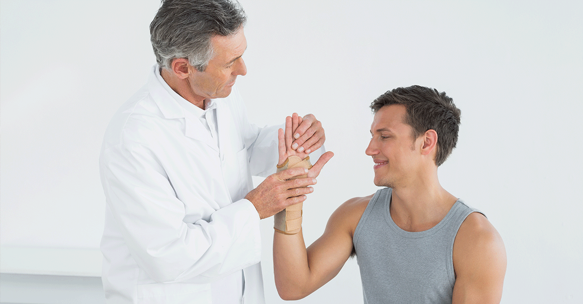 Examining sports related injury - Chicago