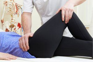 Chiropractor and Pilates working in tandem